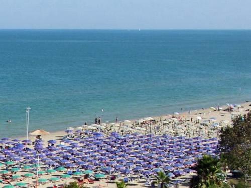 Pescara Turismo mare spiagge monumenti